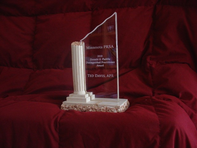 Ted Davis receives Distinguished Practitioner Award from Public Relations Society of America- Minnesota Chapter.
